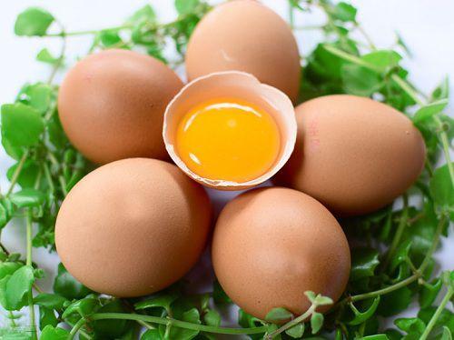 trứng gà tăng cân
