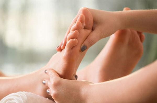 Máy massage chân cho bà bầu