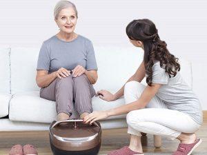 Máy massage chân rung có đèn hồng ngoại