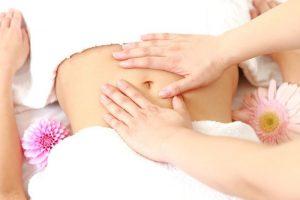 massage-sau-khi-sinh